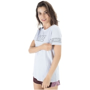 Camiseta Nike Dry DFC BR - Feminina