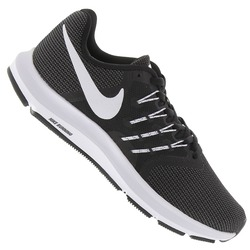 Tênis Nike Run Swift - Feminino - PRETO/BRANCO