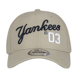 bone-new-era-9forty-new-york-yankees-snapback-adulto-bege