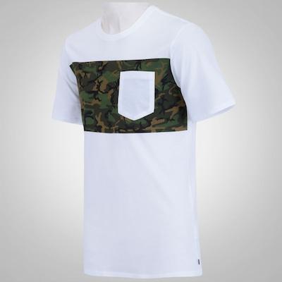 Camiseta Nike SB Camo Pocket - Masculina