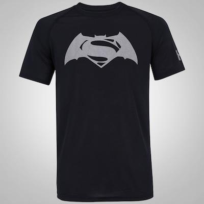 Camiseta Under Armour Superman vs Batman - Masculina