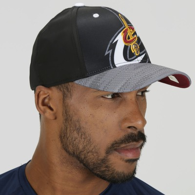 Boné adidas Cleveland Cavaliers NBA Black/White - Snapback - Adulto