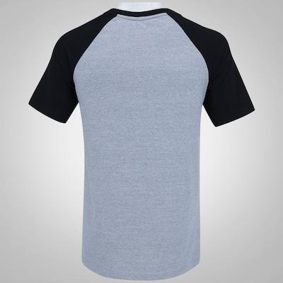 Camiseta DC Raglan Skateboarding - Masculina