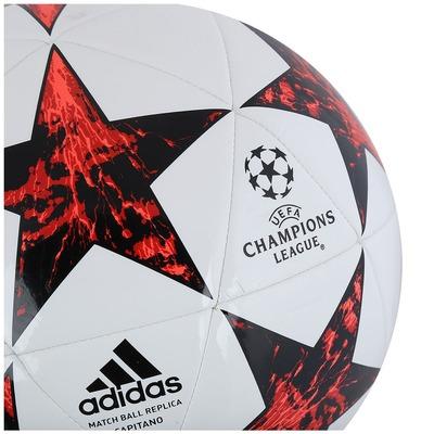 Bola de Futebol de Campo adidas Milan Finale 17 Capitano