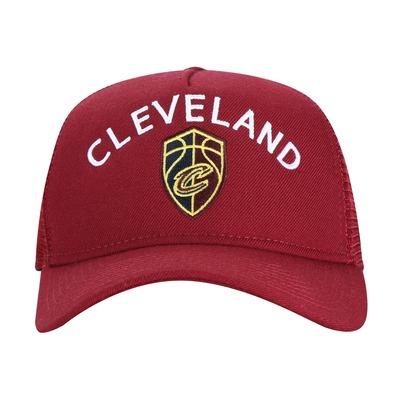 Boné Aba Curva New Era 940 Cleveland Cavaliers - Snapback - Trucker - Adulto 0de3810f438