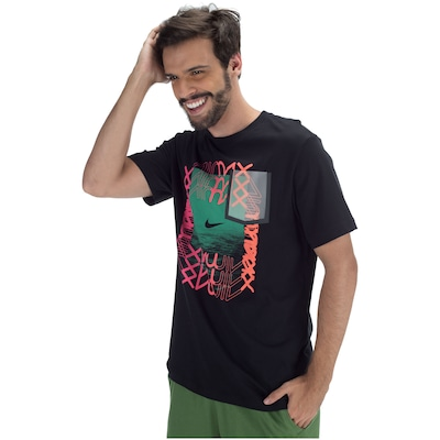 Camiseta Nike Sportswear Sneaker CLTR 5 - Masculina