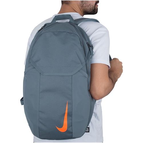 té Practicar senderismo navegador  Mochila Nike Academy 2.0 - 30 Litros - Centauro