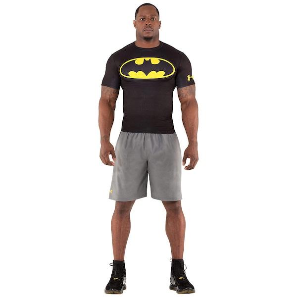 b87d30a528abb ... Camiseta de Compressão Under Armour Batman - Masculina ...