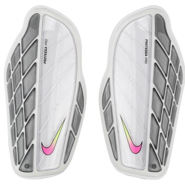 Caneleira de Futebol Nike Protegga Pro - Adulto