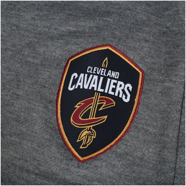 9bd17c61f Bermuda de Moletom NBA Cleveland Cavaliers 17 - Masculina