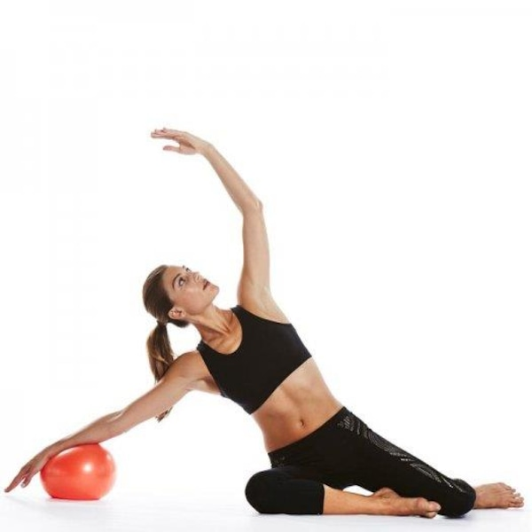 Bola de Pilates Suiça LiveUp Overball Fisio LS3225 - 25cm efacd4ff35a50