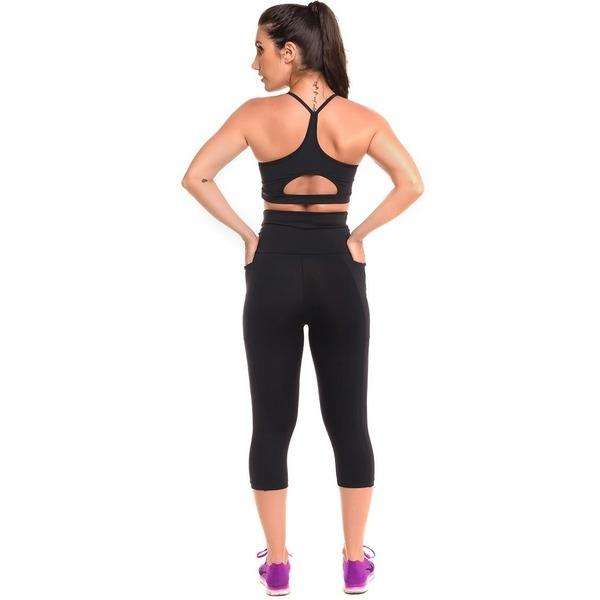 f4c5cceba Conjunto Sandy Fitness Open Run Top + Calça Corsário com Proteção Solar  UV50+ - Feminino