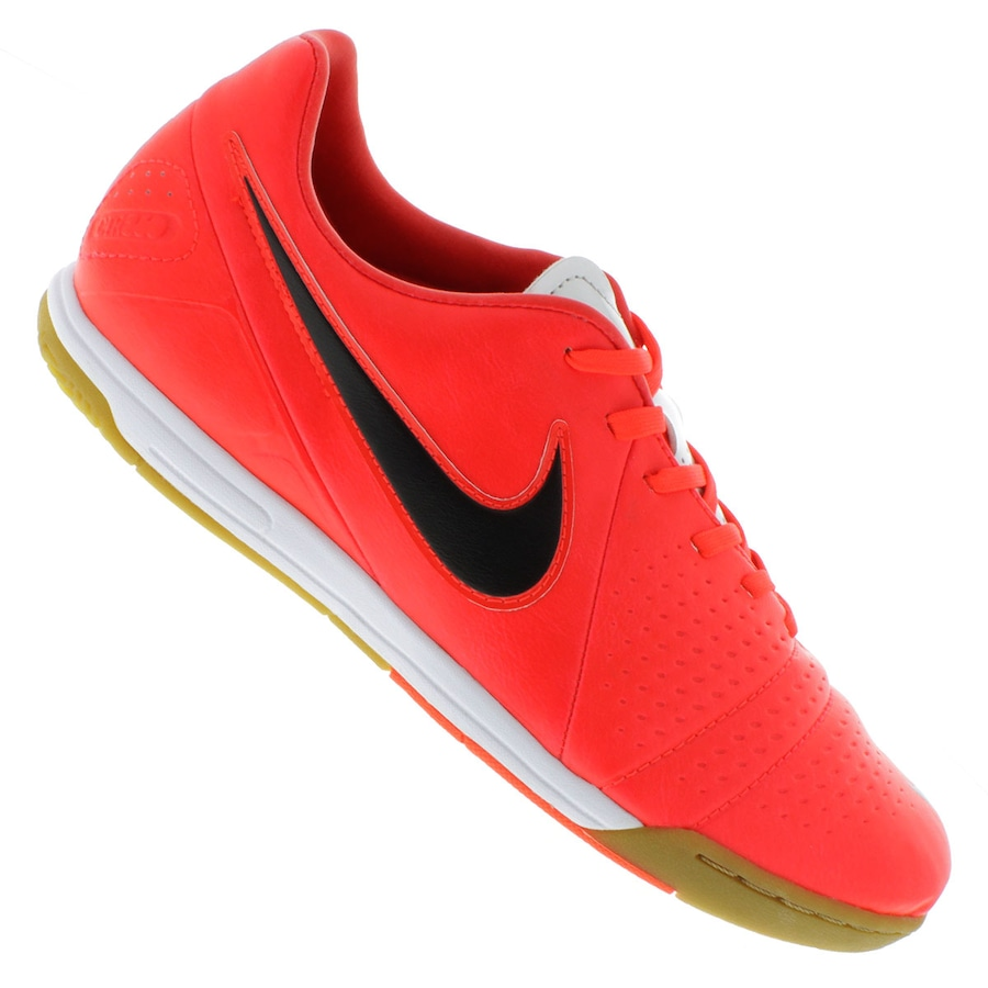 cc3302f7a9015 Chuteira de Futsal Nike CTR360 Libretto III IC