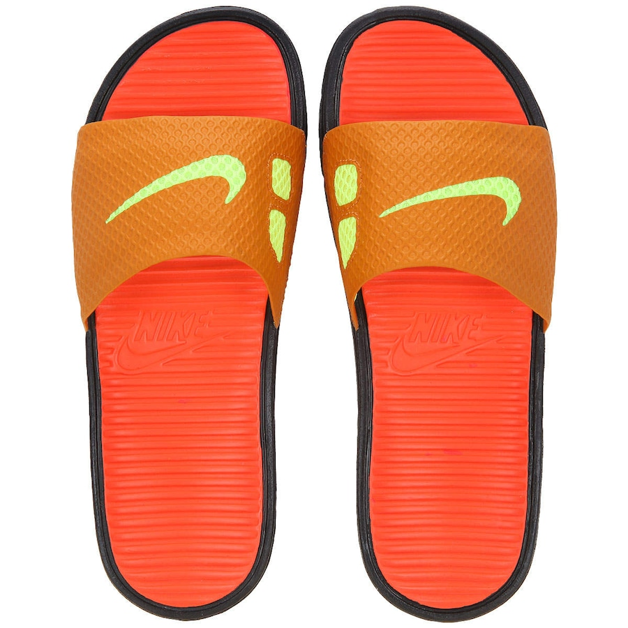 4229eb9fddb Chinelo Nike Benassi Solarsoft Soccer - Unissex