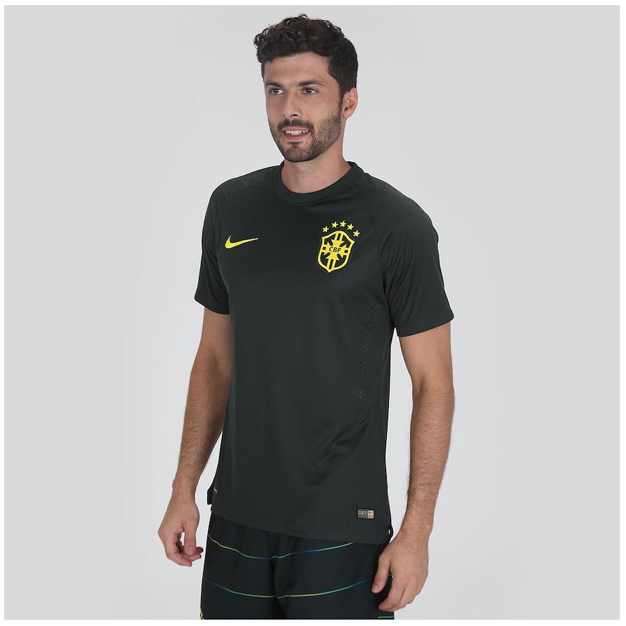 b4a3f70010 Camisa do Brasil Verde Nike Jogador 2014 s n° Masculina