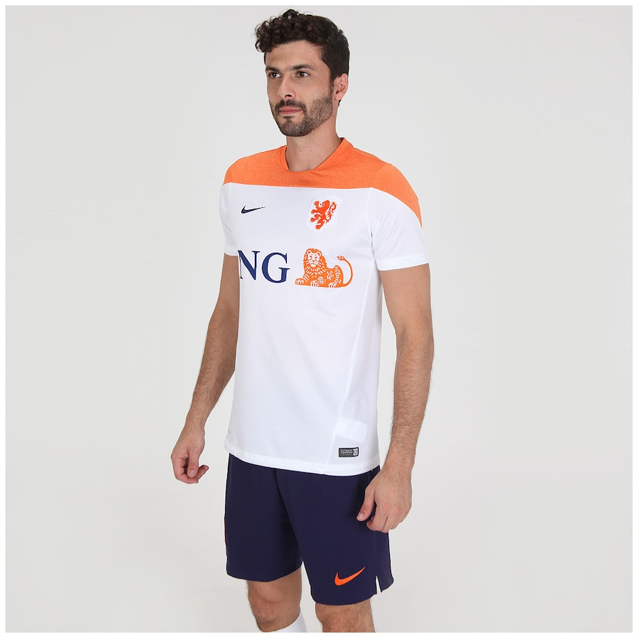 ... Camisa Nike Holanda Squad Treino – Masculina ... c430e7f898455
