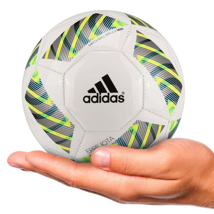 9aeb8e59d3 Minibola de Futebol de Campo adidas FIFA OL16 - Infantil