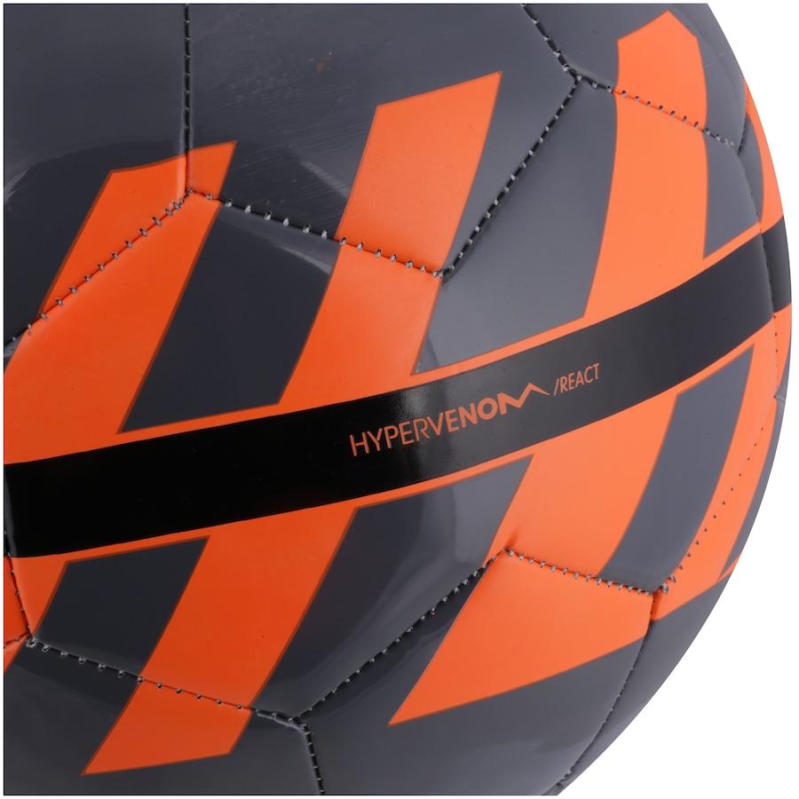 Bola de Futebol de Campo Nike React d7a1f7c9aa7a4