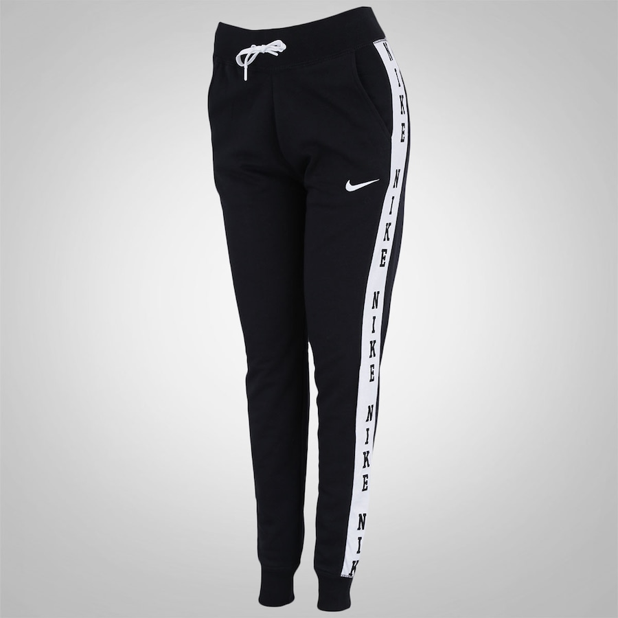 b151c0b46 Calça Jogger Nike Club Graphic1 - Feminina