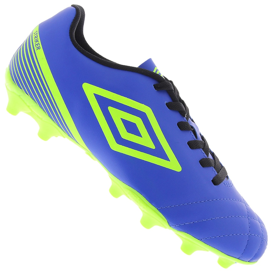 Chuteira de Campo Umbro Striker III - Adulto cd6d7fdedab46