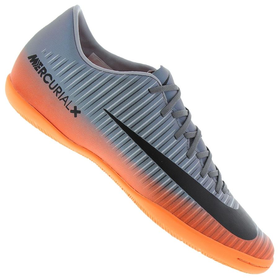65b2290500 Chuteira Futsal Nike MercurialX Victory VI CR7 IC - Adulto