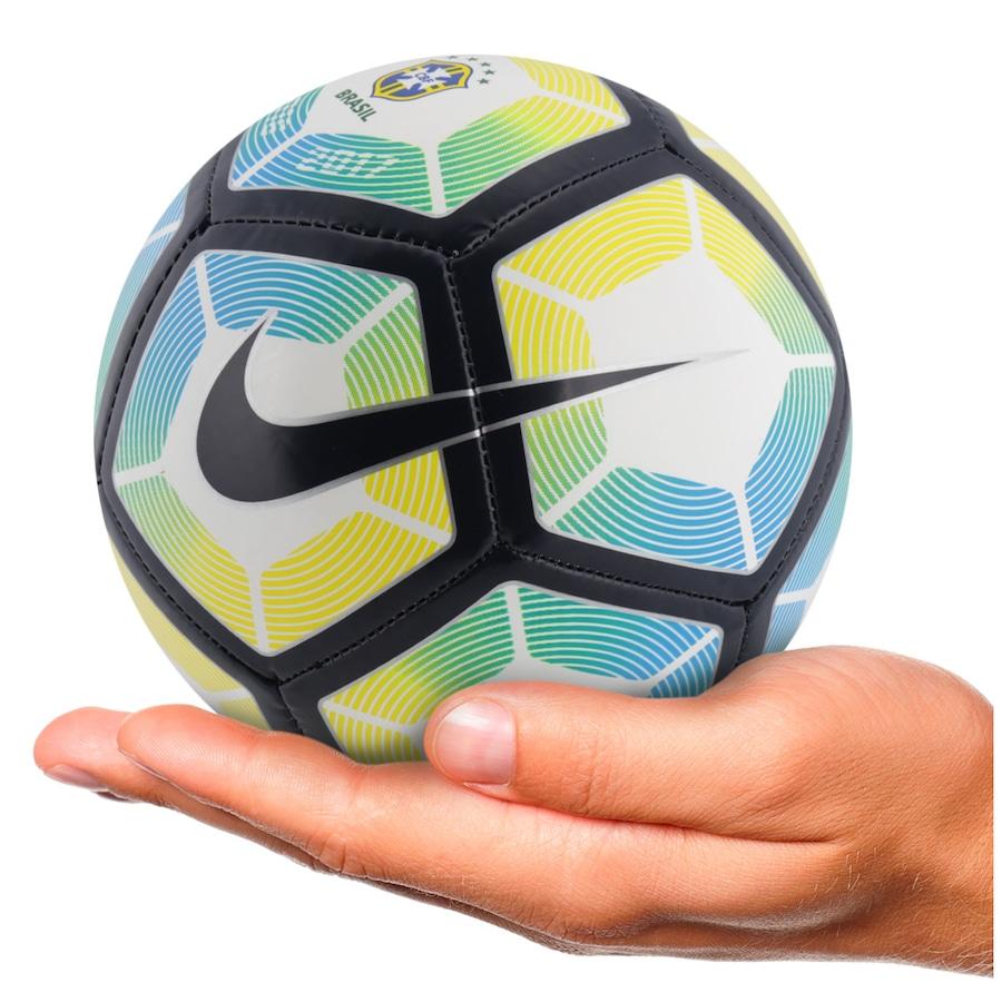 Minibola de Futebol de Campo Nike CBF 2017 - Infantil 70c3cfc13ddc1