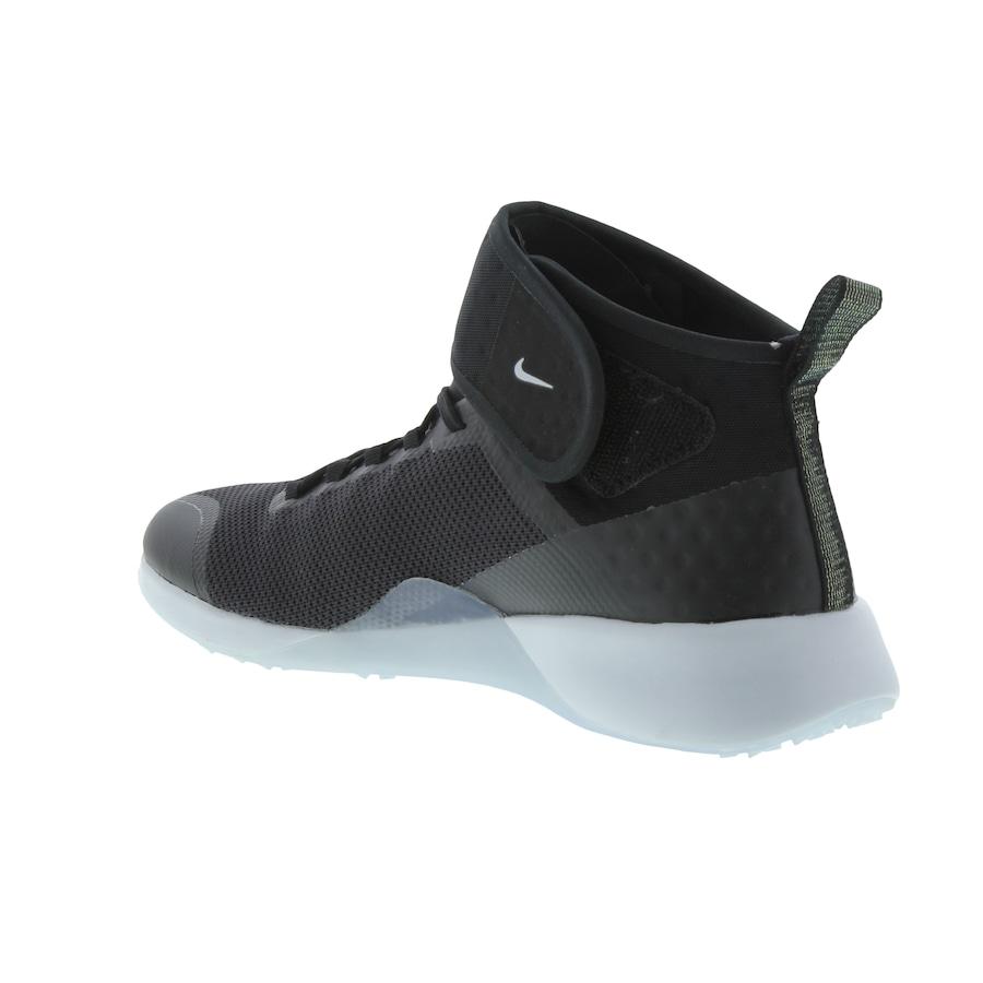 6ac49a5d03 Tênis Nike Air Zoom Strong 2 MTLC - Feminino