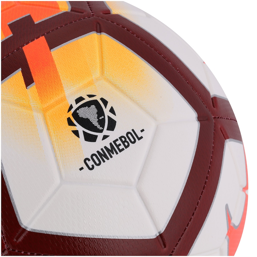 3dd52d1f85 Bola de Futebol de Campo Nike Strike CSF