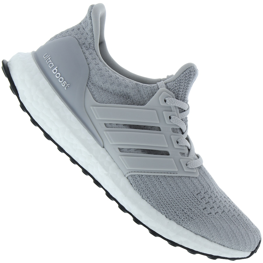 outlet store 7c92e c490a Tênis adidas UltraBoost - Masculino