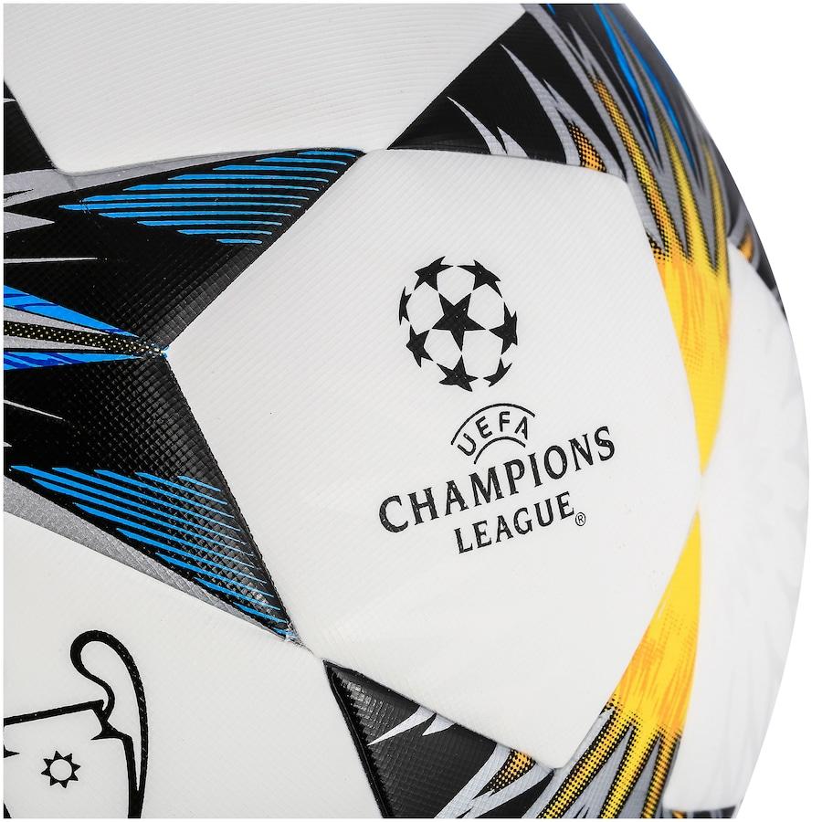 ... Bola de Futebol de Campo adidas Final da Champions League 2018 Kiev Top  Training 35610daee10a1