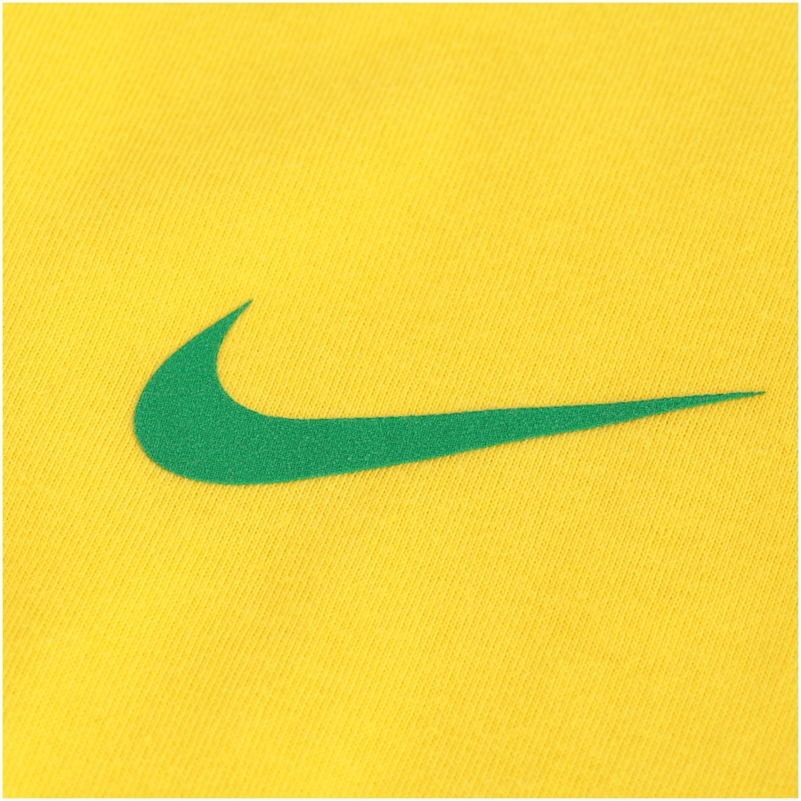 Camiseta da Seleção Brasileira 2018 Crest Nike - Feminina 56bbddbbbf0