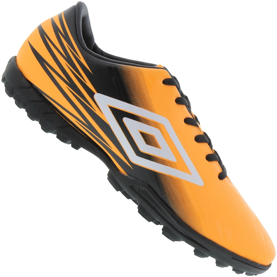 Chuteira Society Umbro Hit TF - Adulto 3615f326e5bc9