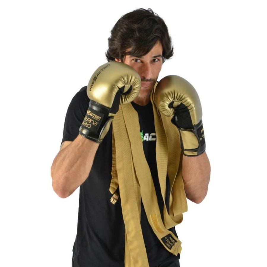 5da0c0a50 Luva de Boxe e Muay Thai 12 OZ Proaction G292 e Bandagem Elástica 3m by Sabrina  Sato