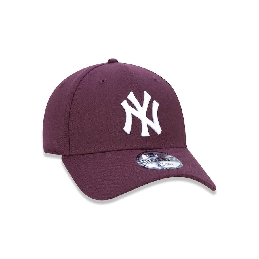 Boné Aba Curva New Era 3930 New York Yankees MLB - 44719 - Fechado - Adulto d2b648f01e0